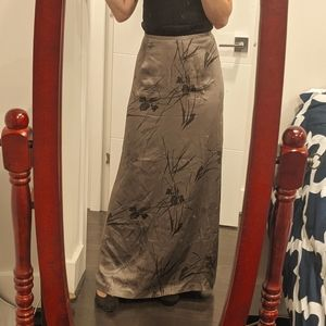 Long 100% silk skirt